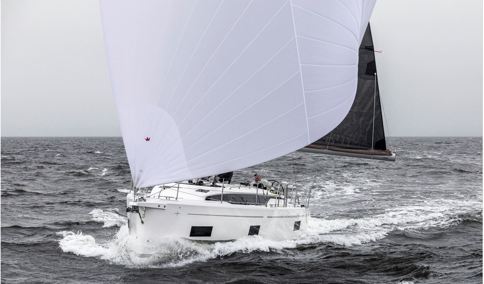 Scoop - first pictures of the Bavaria C38 in navigation