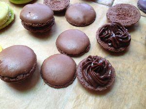 Macarons au chocolat !!