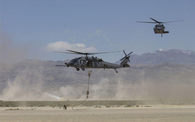 Les Etats-Unis déploient en Irak des aéronefs supplémentaires pour les missions de recherche et de sauvetage au combat