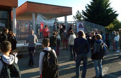 Les enseignants du collège de Retournac en grève  le jeudi 3 septembre,