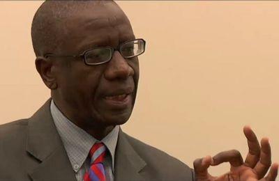 L'économiste et altermondialiste sénégalais, Dembelé Moussa interpelle, EMMANUEL MACRON