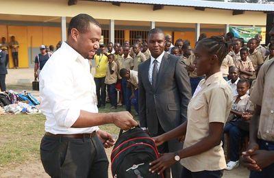 MTN Congo plus sociale à travers l'initiative 1 élèves = 1 kits scolaire au CEG Mbama