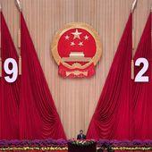"""""""Le régime communiste chinois se croit tout puissant, mais de graves difficultés l'attendent"""""""