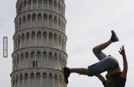 One of the best pictures I have ever seen with the leaning tower of Pisa!