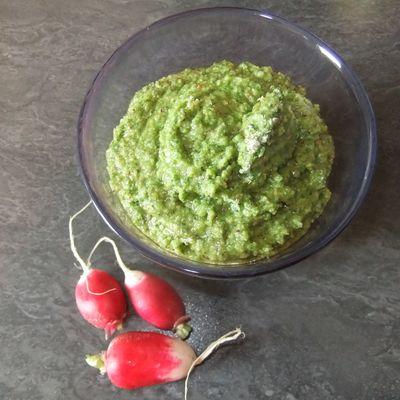 Pesto aux feuilles de radis