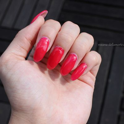 essence: the gel nail polish 11 4 ever young | #longlastinglove NOTD