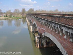 Les 2 faces du pont-canal.