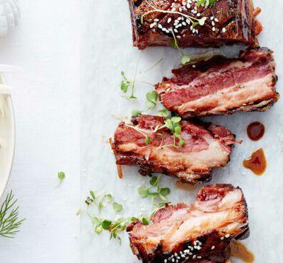 Travers de porc caramélisé