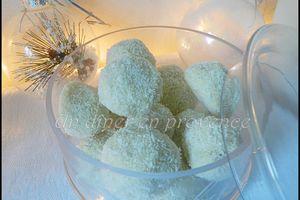 Truffes au chocolat blanc, vanille et noix de coco