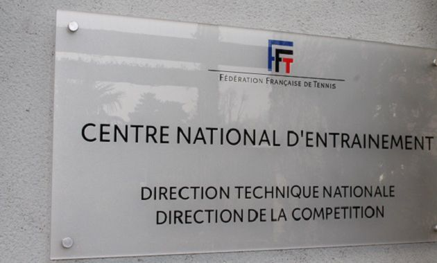 Direction le CENTRE NATIONAL D'ENTRAINEMENT à Paris