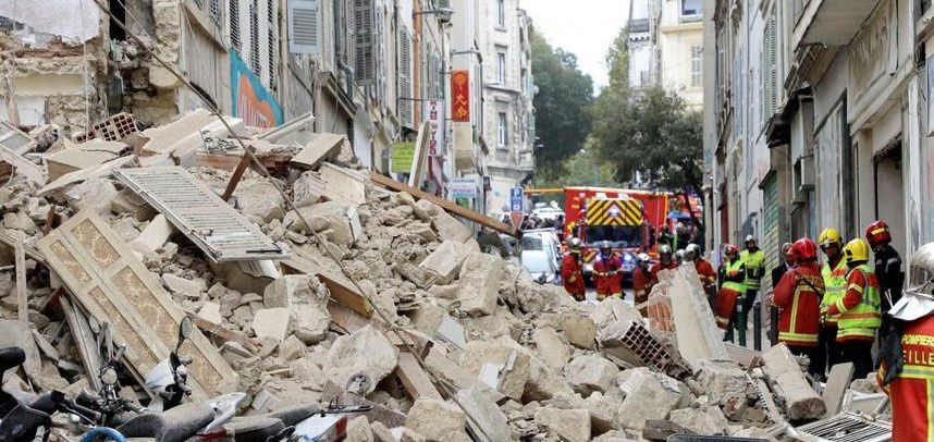 Marseille : hommage en silence aux huit victimes de la rue d'Aubagne