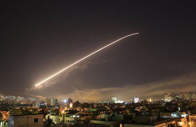 Neuf combattants loyalistes tués dans des raids israéliens sur Hama, rapporte l'OSDH (AFP)