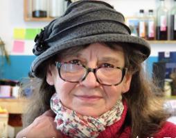 La France insolite et secrète : Aux détours de Tours,  par Christine Chaudet - ch1