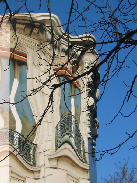 Avenue George V, Paris Installations de chantier PARIS, Bâches de protection et publicité.