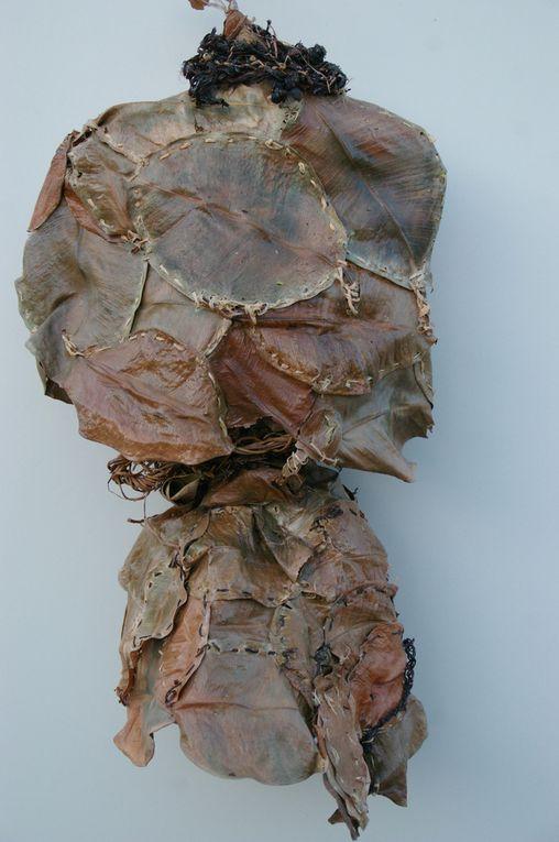 Couture de cuir de feuilles de caoutchouc: sculpture en buste .