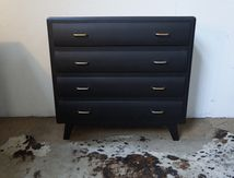 COMMODE RELOOKEE Vendue