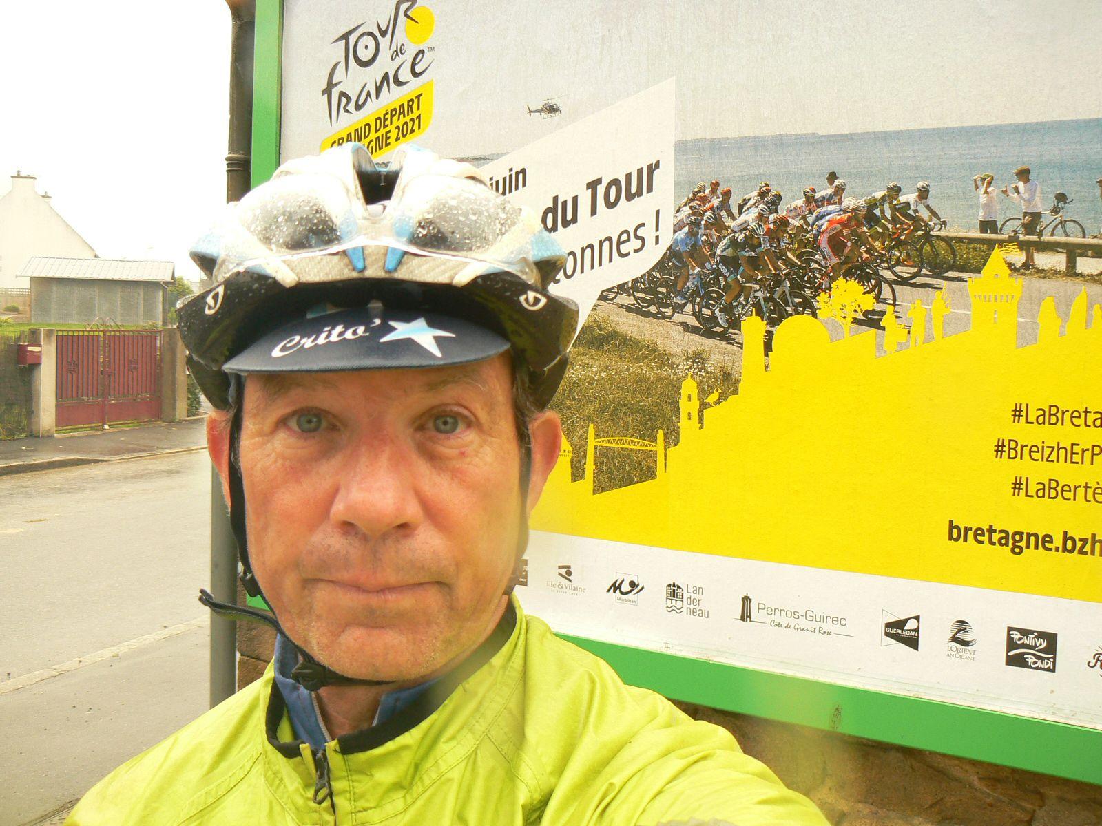 Les affiches du Tour 2021 en Bretagne: une sortie bien arrosée ce mardi (30km).