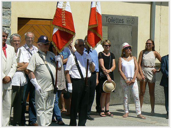 Saint André les Alpes: Un soleil implacable a écrasé les cérémonies du 14 juillet !