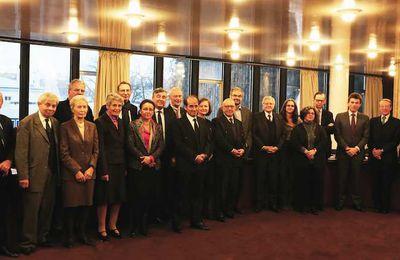 Comité de sélection et candidats en lice