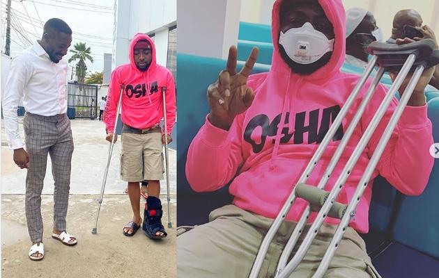Davido se fracture la jambe, maintenant à l'aide de béquilles
