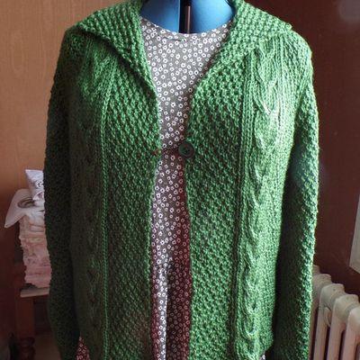 Veste tricot point de riz double (point de blé) et imbriqué