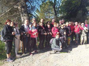Une belle matinée ensoleillée ont permis à 27  marcheurs motivés, d'arpenter les chemins du Paty
