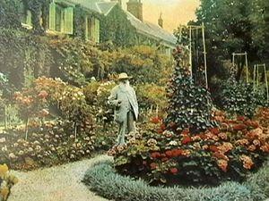 Monet devant sa maison de Giverny • De nos jours
