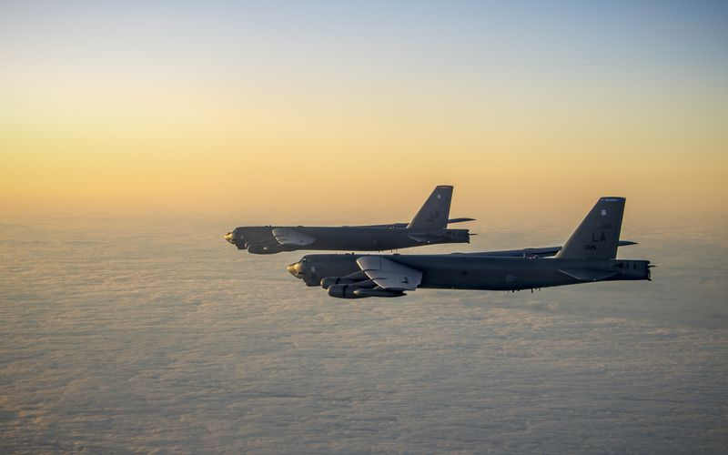 PHOTOS - Les B-52H Stratofortress s'entraînent à travers l'Europe