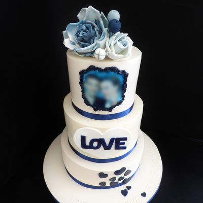 Wedding cake (ivoire/marine)