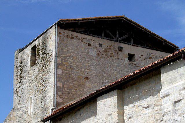 Diaporama église fortifiée et château de Saint Aubin