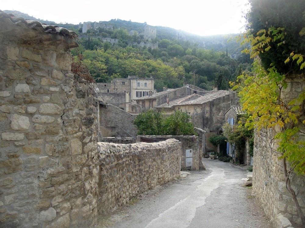 OPPEDE LE VIEUX Village de caractère du Luberon