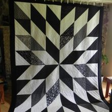 HST (or Half Square Triangle) quilt blocks can be one of the most versatile block designs we have as quilters. With a simple turn of the block, or change of color, your block can go from looking r…