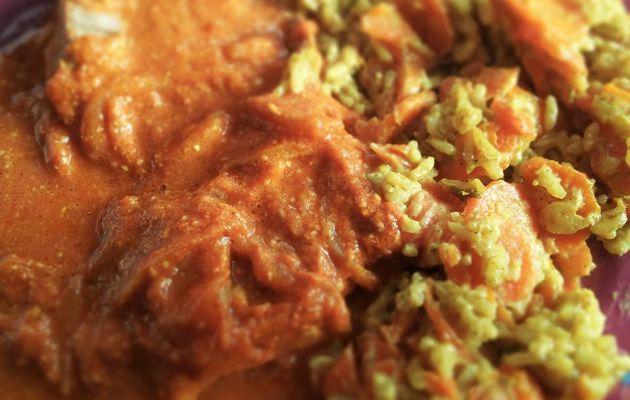 Côtes de porc accompagnées de carottes à l'indienne (cookeo)