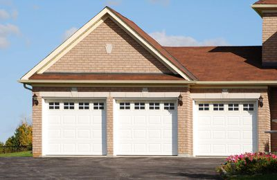 The ideas of garage door and ways to have the best fix