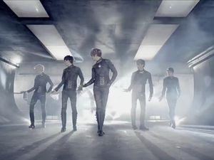 [BRD3!] LU:KUS – So Into U