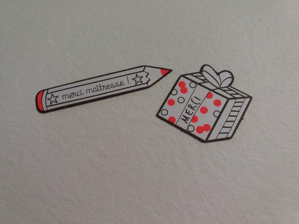 Dire Merci à maîtresse ! 24 magnets à offrir et à colorier chez les Editions Deux Coqs D'Or