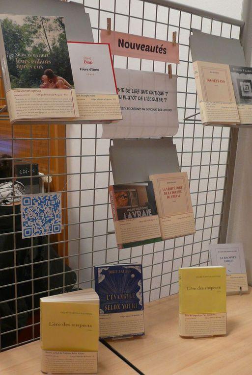 La sélection du Goncourt présentée au CDI avec les QR codes qui permettent                                                                          d'entendre les critiques lues par leurs auteurs...