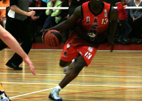 Guy Kodjo impressionne et victoire de Pornic Basket face à Elan Bearnais (23ème journée du championnat de France N2)