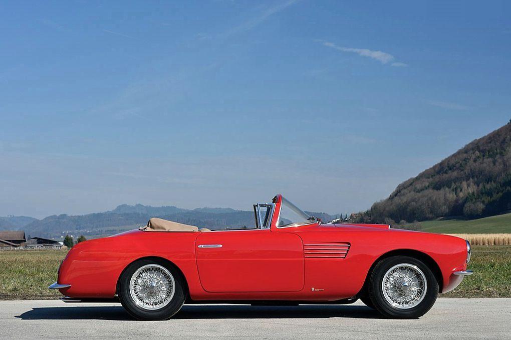 VOITURES DE LEGENDE (1128) : FIAT  8V VIGNALE CABRIOLET - 1953