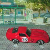 FERRARI 250 GTO HOT WHEELS 1/64 - car-collector.net