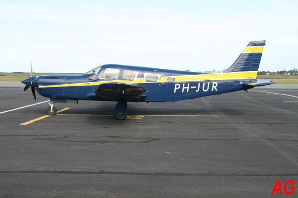 Le Piper PA-32R-301T Turbo Saratoga SP PH-JUR.