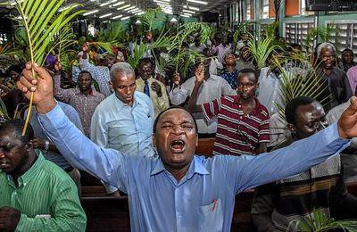 COVID-19 : la Tanzanie s'en remet à Dieu et refuse de sacrifier son économie