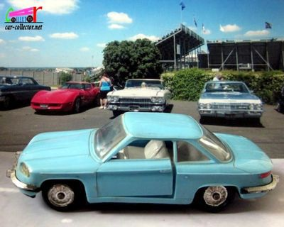 panhard-24-ct-bleu-pastel-les-miniatures-de-norev-1/43