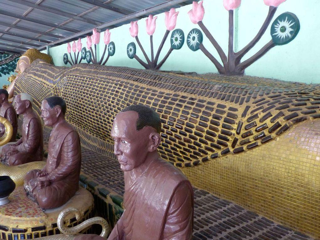 Bouddha en bouteilles - Vu au temple (21-05)