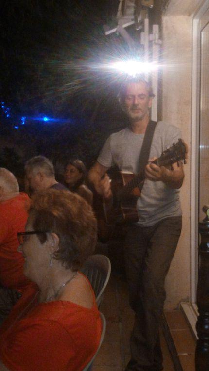 Garden-party chez Philippe et Marie France....