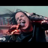 Korn - Falling Away from Me (Official Music Video)