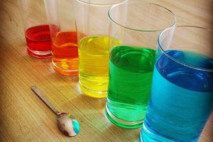 Expérience : Fabriquer un Xylophone en verres d'eau. Eveil sensoriel.