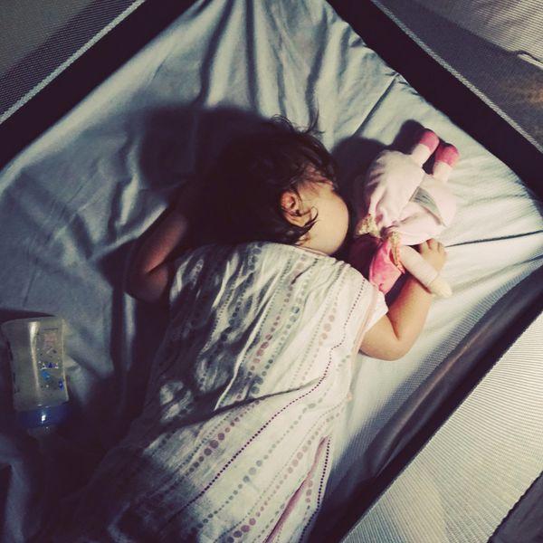 Dodo, l'enfant do, l'enfant dormira bientôt