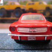 FORD MUSTANG 1964 MAISTO 1/39 POWER RACER FRESH METAL - car-collector.net