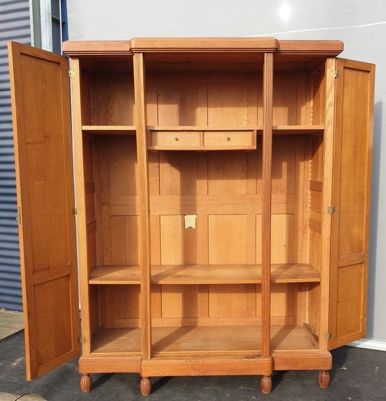 Bibliothèque armoire Art Déco colonnes à godrons - VENDU